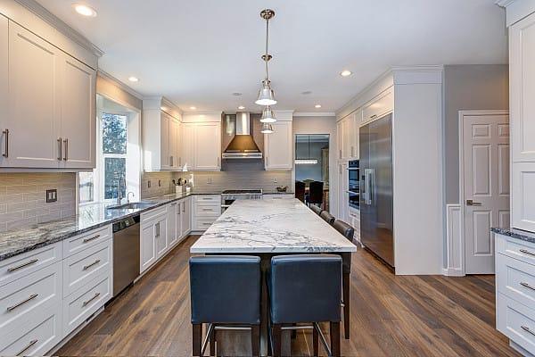 Choosing Laminate Flooring For Your Kitchen Floor image