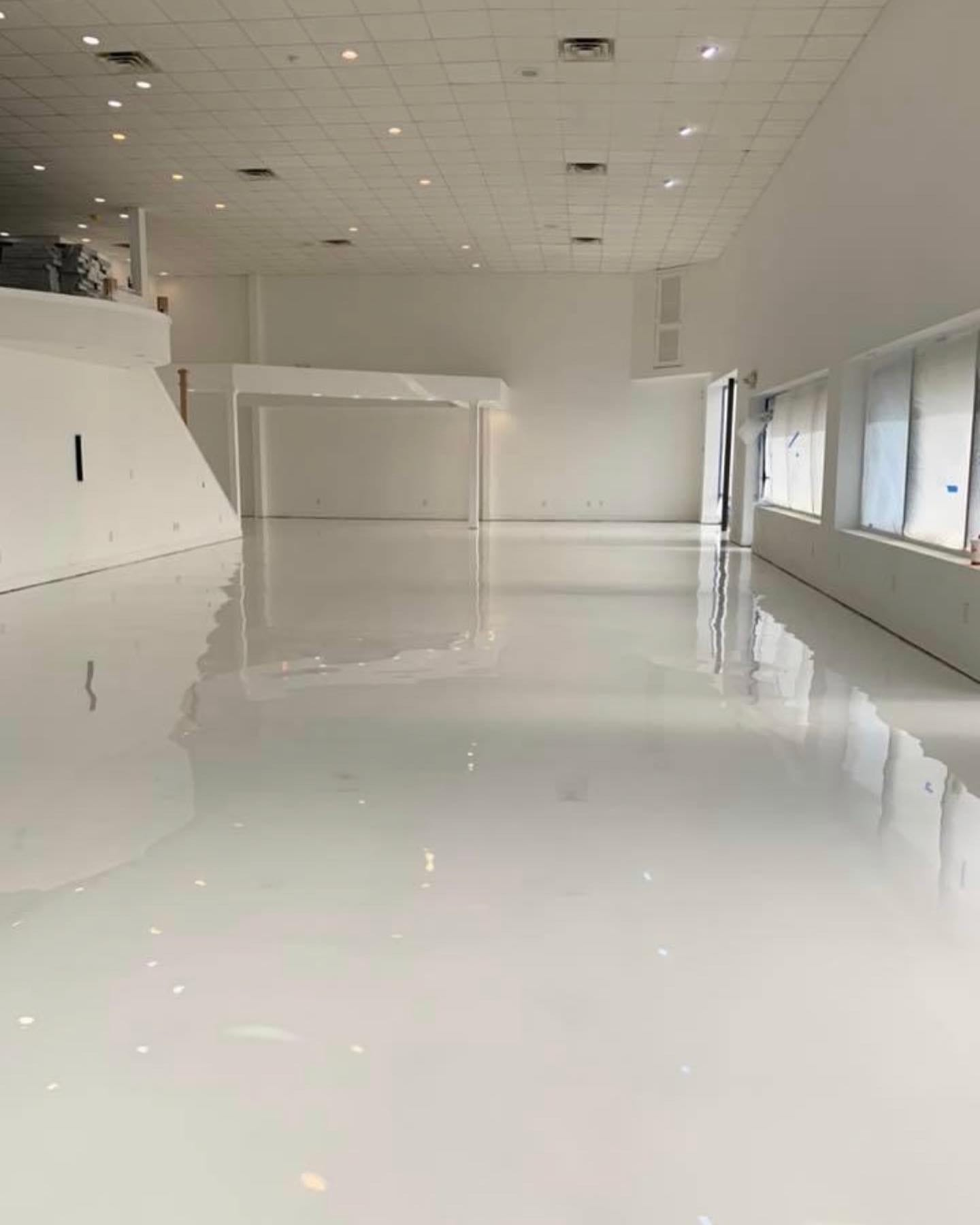 Designer metallic epoxy floor (high gloss white)